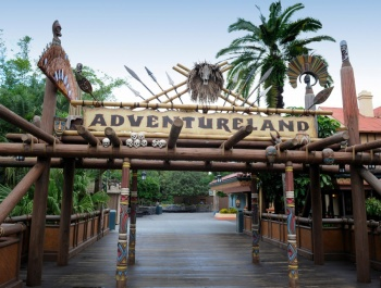 AdventurelandSign2.jpg